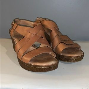 Wedged leather Born sandals woman's 11